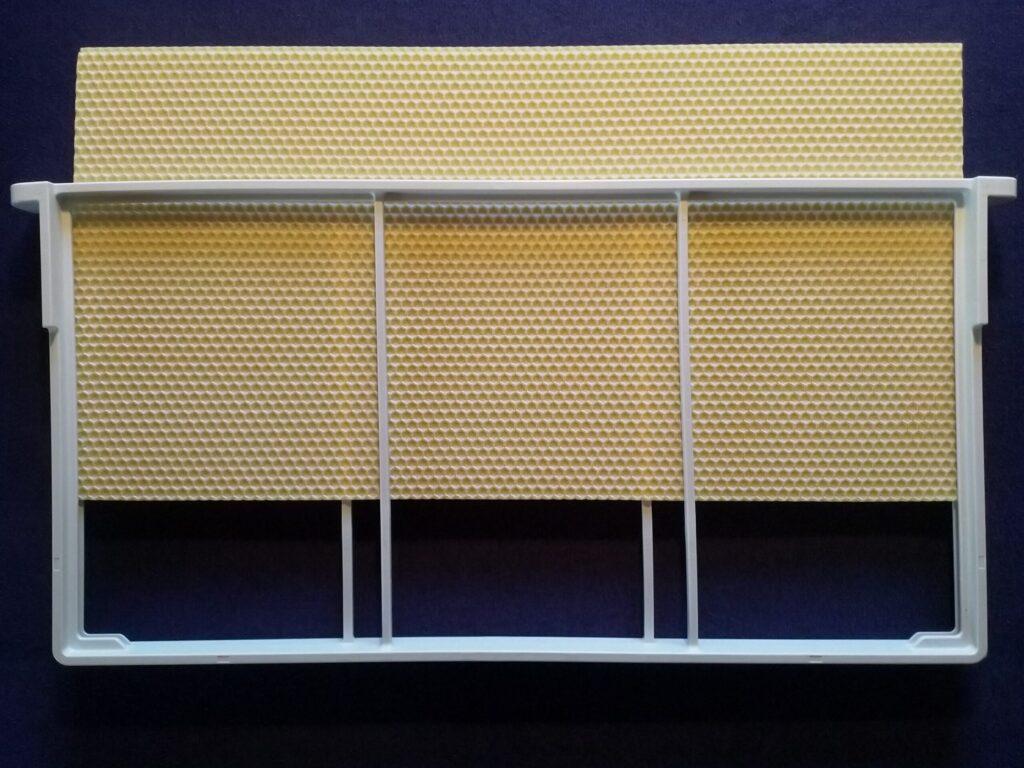 1 Pcs. Wax Foundation For DALINNO Frame: Langstroth 1/1