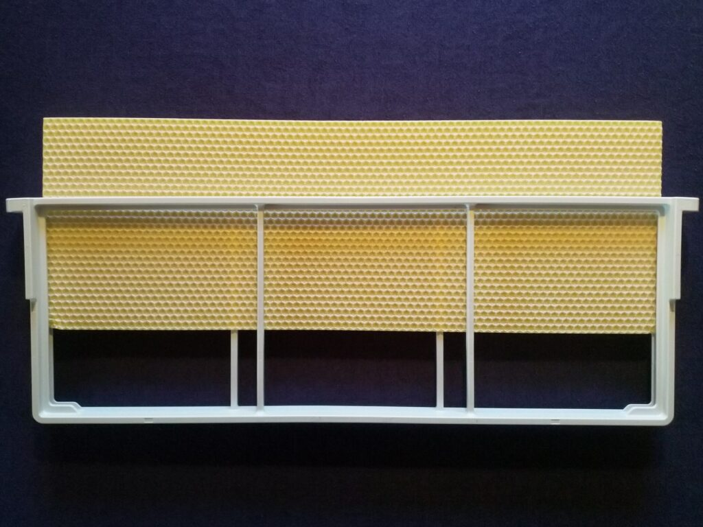 1 Pcs. Wax Foundation For DALINNO Frame: Langstroth 2/3